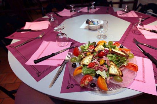 Villereal, Francia: Des salades gourmandes