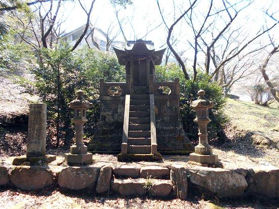 Tanushimaruhirabaru Tomb Park