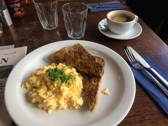 Edinburgh Larder Cafe: The scrambled egg was excellent; the coffee undrinkable.