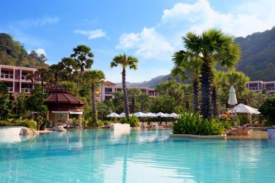 centara grand beach resort phuket karon hotel reviews. Black Bedroom Furniture Sets. Home Design Ideas