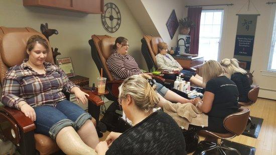 Rutland, VT: A day A Signature Day Spa and Salon 930
