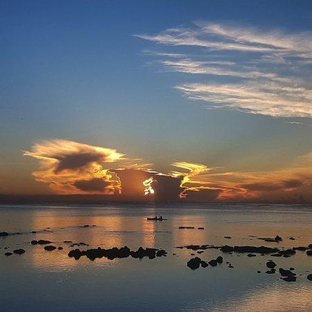 Mon Choisy Beach R.: IMG_20170407_190330_973_large.jpg