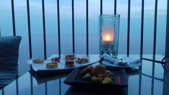 Metropole Taormina - Maison d'Hotes: aperitivo al tramonto!