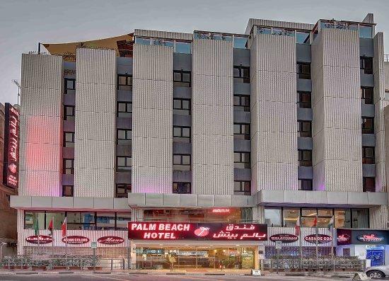 Palm Beach Hotel: Hotel Building