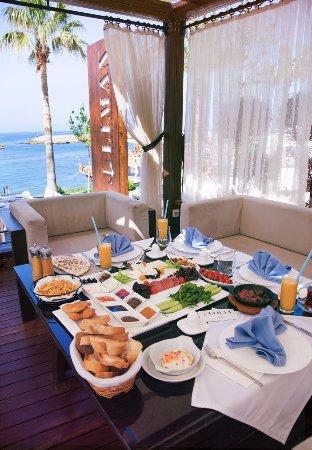 Liman Restaurant Lounge Club: breakfast