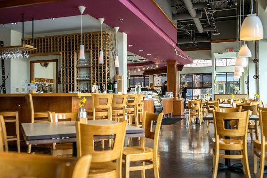 Mendota Heights, MN: mendoberri cafe & wine bar