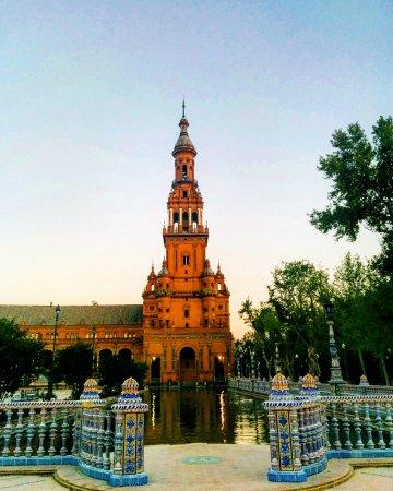 Photo of Monument / Landmark Plaza de Espana at Parque De Maria Luisa, Seville, Spain