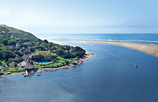 Umngazi River Bungalows & Spa: Aerial photo of Umngazi