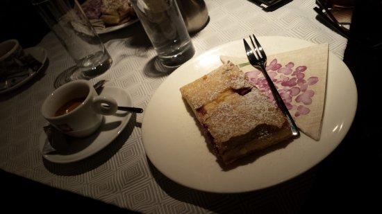Strudel-Cafe Kröll: café divino