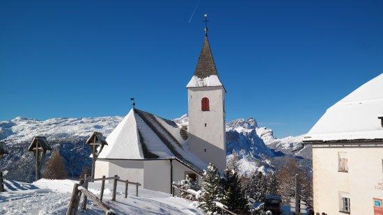 Badia, Italy: Santa Croce / Heiligkreuz