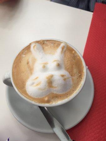 BB's Coffee & Muffins