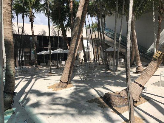 Miami Design District: Miami Art Distrit