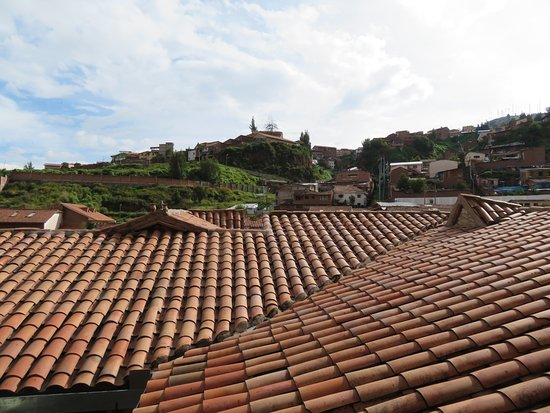 Tierra Viva Cusco Saphi: charming view from hotel courtyard area