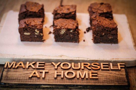 Nethy Bridge, UK: Welcome brownies