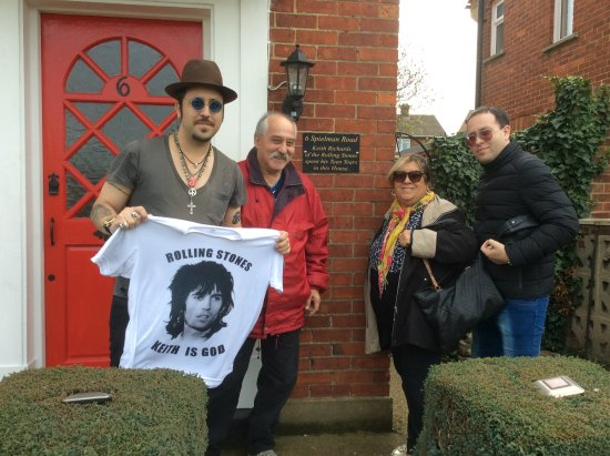 Dartford, UK : Outside Keith's teenage home