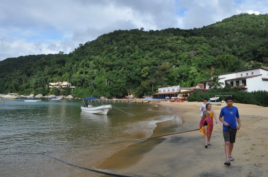 Vila Pedra Mar: A stroll through the village - See the Vila in the background