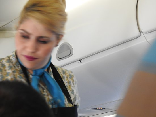 Cabin Crew Picture Of Oman Air Tripadvisor