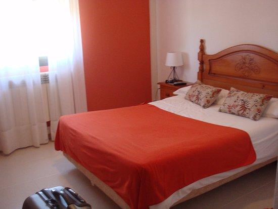 Atienza, España: Habitación 301. Tiene unas bonitas vistas