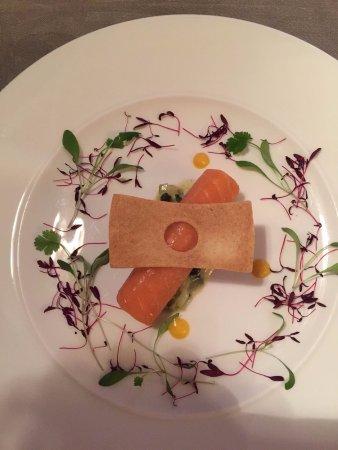 Humshaugh, UK: Salmon starter
