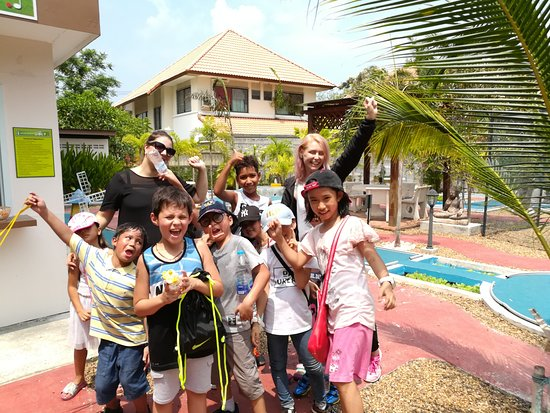 Bangsaen Mini Golf: Summer camp
