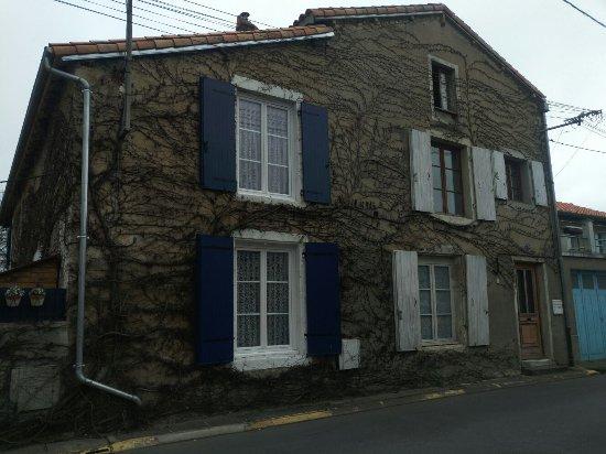Montmorillon, Francja: IMG-20170401-WA0055_large.jpg