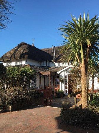 Brook, UK: The pub (rear view)