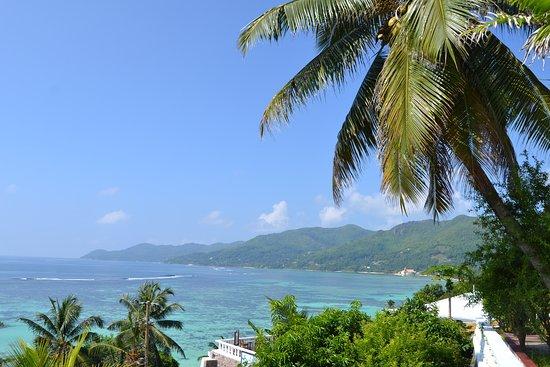 Anse La Mouche, Seychelles: stop along the coast