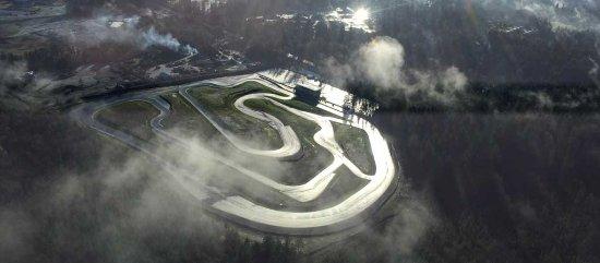 Lake Cowichan, Καναδάς: Aerial shot of the Vancouver Island Motorsport Circuit