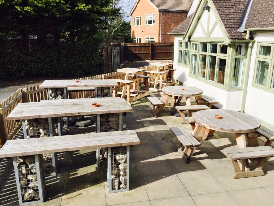Studley, UK: Our suntrap beer garden with plenty of tables!!