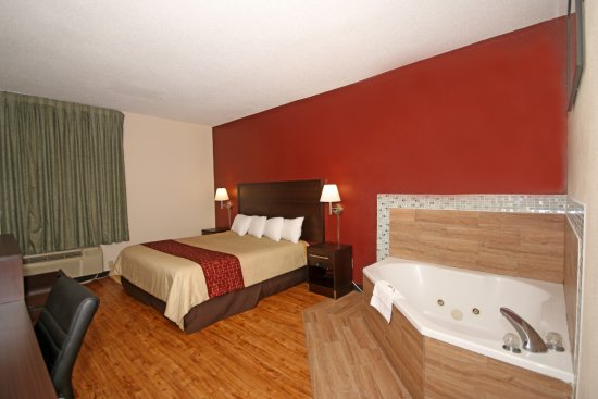 Red Roof Inn Gaffney This rating is a reflection of how the property compares to the industry standard when it comes to price, facilities and services available. It's based on a self-evaluation by the property/10().