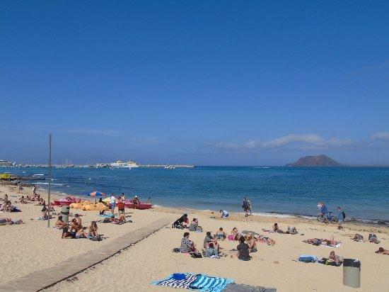Ventura Windsurfing Center: Playa beach, Lobos Island and Ferry Port
