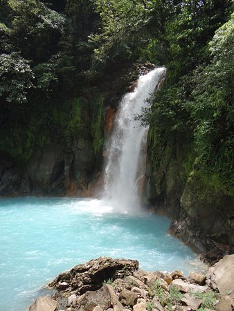 Tenorio Volcano National Park, Costa Rica: Waterfall
