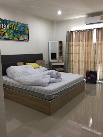 Room Phuket Airport by Panipa