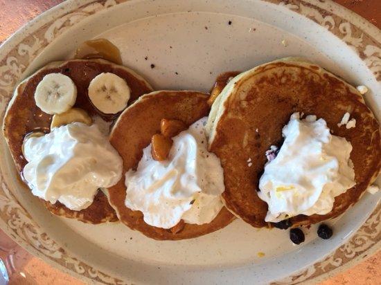 The Colony, TX: Pancakes - Three styles