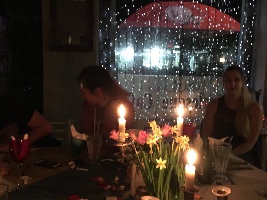 The Burlesque Cafe: dinner by candlelight