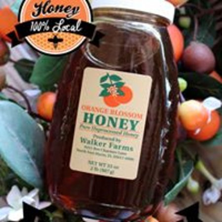 Arcadia, Flórida: Walker's Orange Blossom Honey comes from bees in our groves.