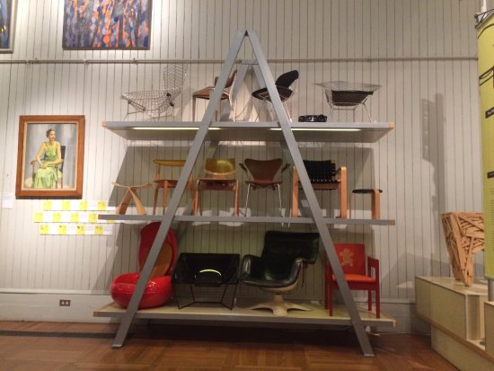 Brighton Museum and Art Gallery: 20th Century Art and Design