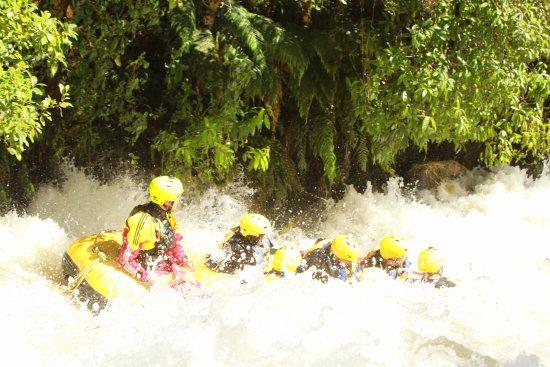Okere Falls, Nuova Zelanda: White water with Rotorua Rafting