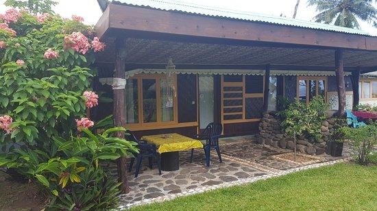 Linareva Moorea Beach Resort: Studio coté jardin