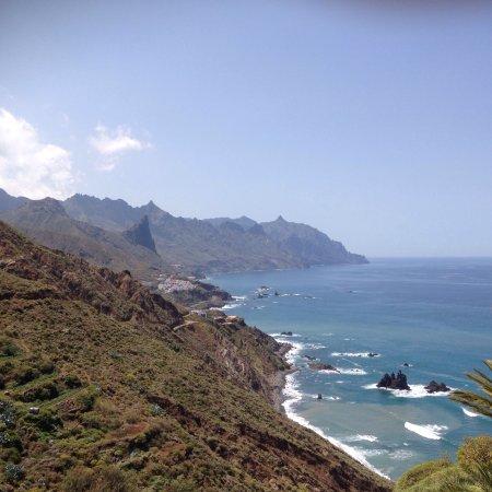 Playa de Benijo: Vues superbes sur le sentier qui part de Benijo et mène à El Draguilio.