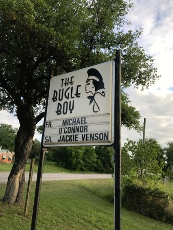 La Grange, TX: Venue sign