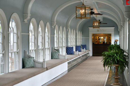 Hot Springs, Βιρτζίνια: Spa Hallway