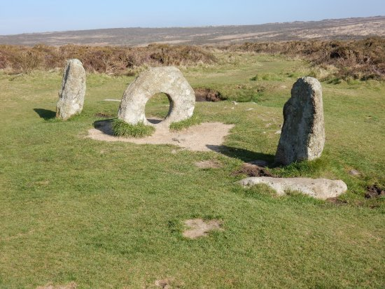 Madron, UK: Men-an-tol ancient stone monument in a Penrith landscape.