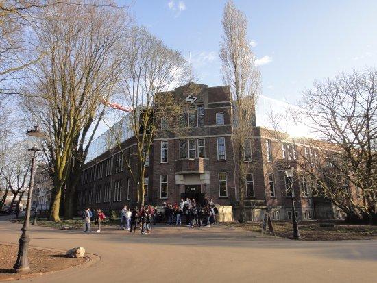 Один из входов - Picture of Generator Hostel Amsterdam, Amsterdam - TripAdvisor