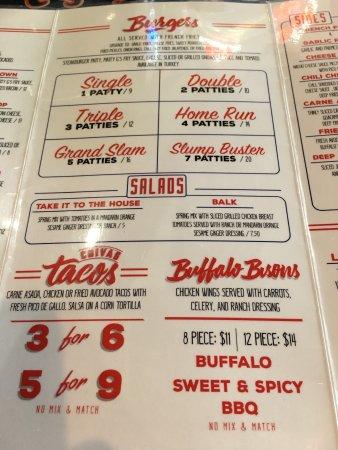 Murrieta, Califórnia: Great hamburgers and chili!