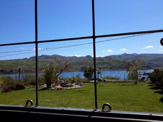 Altro scorcio del lago di Casoli dal ristorante