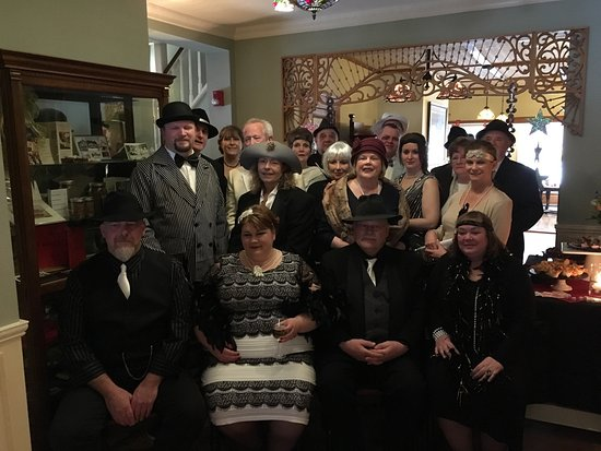 Glen, Nueva Hampshire: Murder Mystery Weekend - 4/7/17-4/9/17
