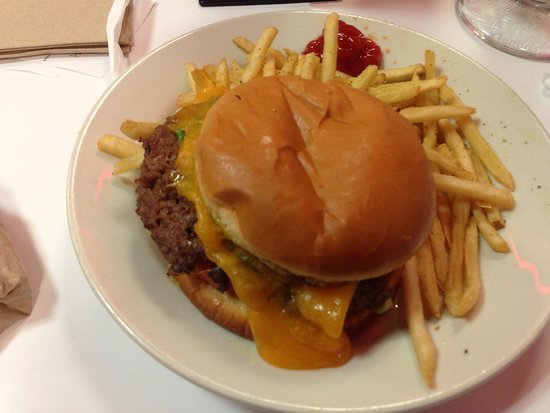Farmington, MO: A1 burger! Yummy!