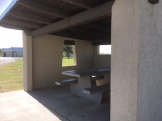 Hobbs, NM: The covered picnic area at my site.