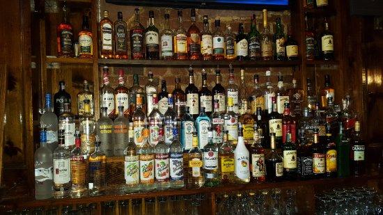 Yonkers, Estado de Nueva York: Huge assortment of Irish Whiskey